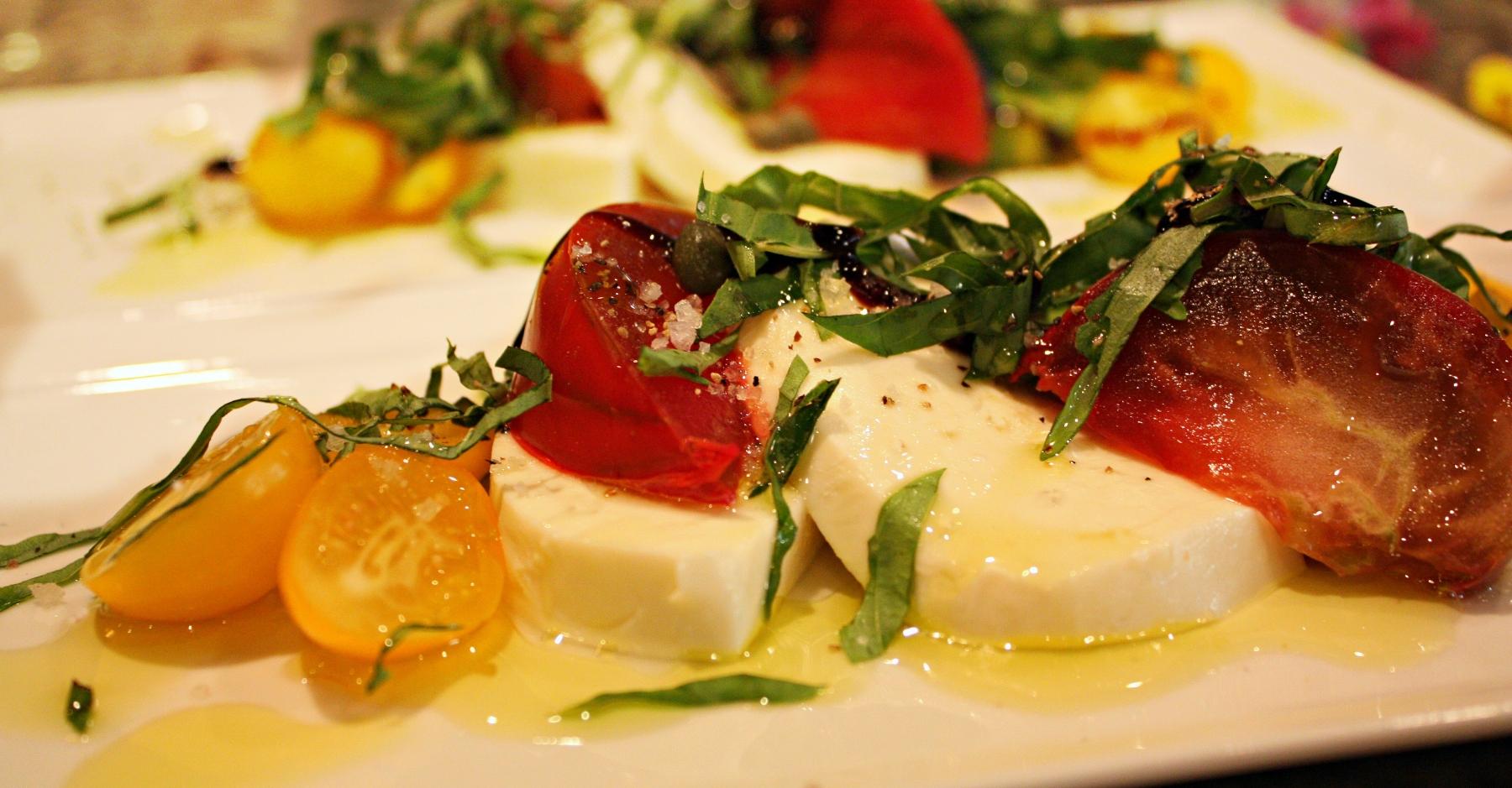 Caprese-Salad-Picture