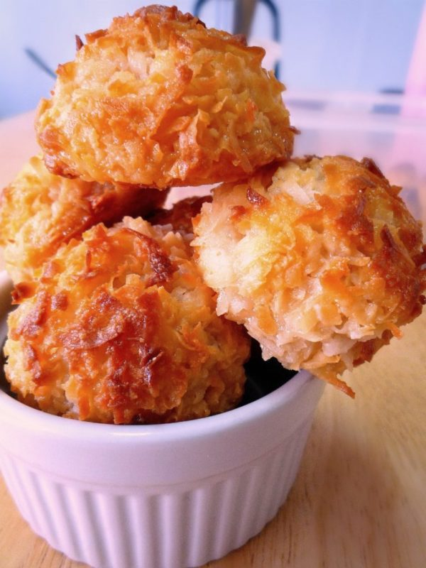 Coconut Macaroons by Mezzaluna Fine Catering